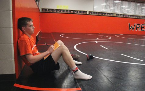 Molding our Mindset: WD Wrestlers Set Goals to Improve Their Mentality