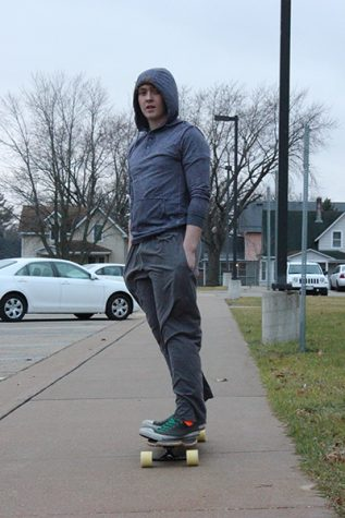 Smooth & Speedy Without A Seatbelt: Students Travel by Longboard