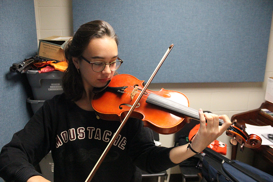 The first term of the school year, Rigol participated in cross country, concert choir and marching band. In concert band, Rigol will be playing the violin, an instrument that is not typically within the West Delaware ensemble.