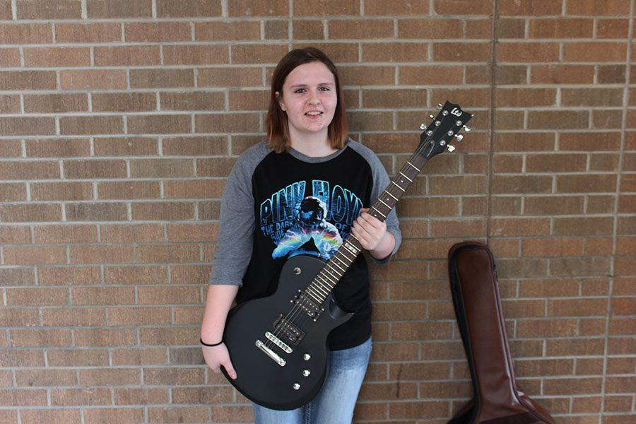 Senior Allie Scott