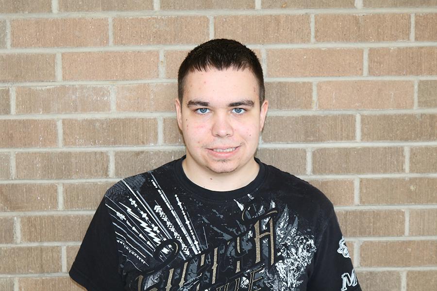 Senior Zach Wedewer