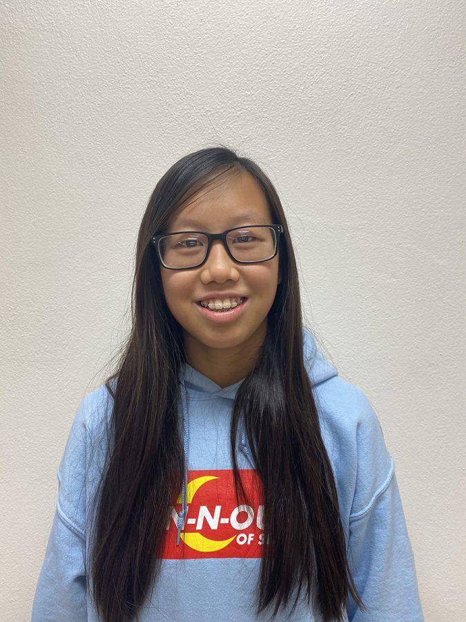 Sophomore Jasmine Tran