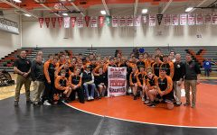 Hawks Advance to State Duals