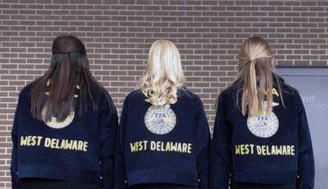 Erin Monaghan (11), Chloe Thein (12), Laney Demmer (11)