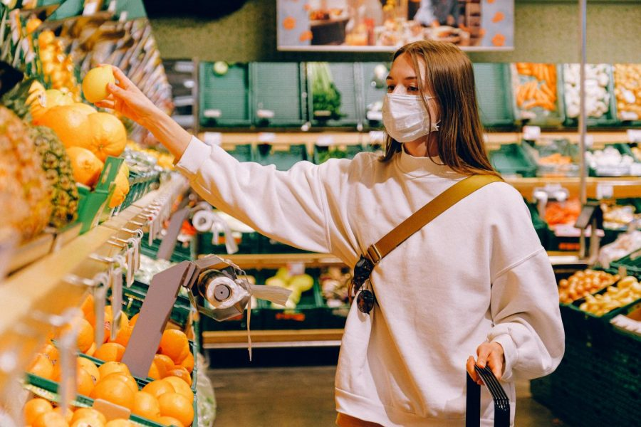 How to Stay Safe When Buying Your Groceries